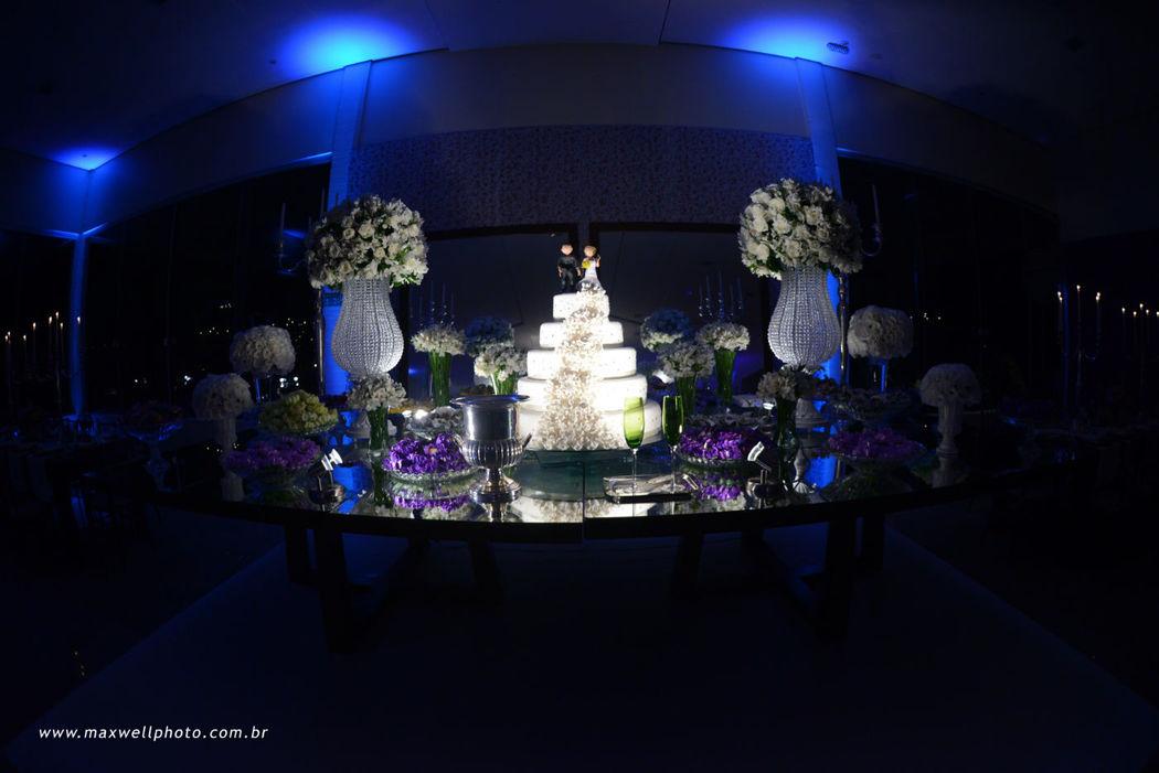 Mesa do Bolo com Iluminação