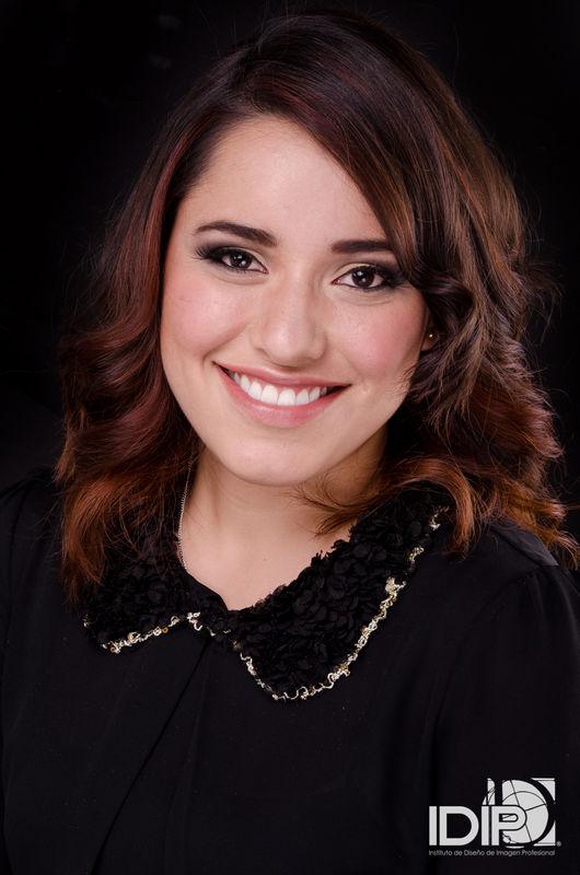 Alekssandra Gómez| Maquillaje social de noche