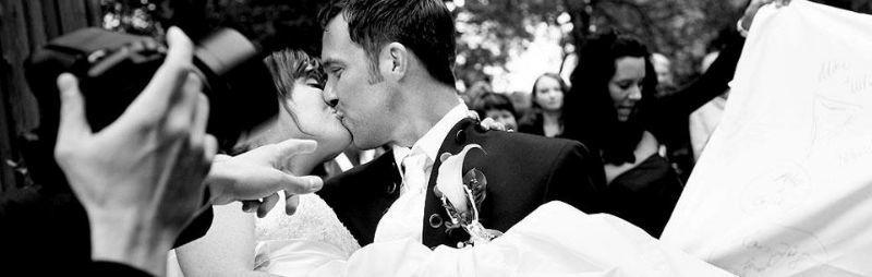 Beispiel: Romantische Hochzeitsfotos, Foto: Avantgarde Wedding Photographers.