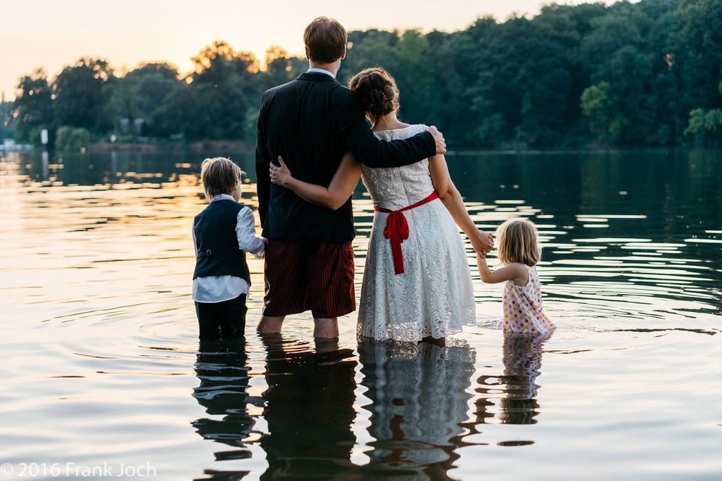 After-Weddding-Shooting (Family-Shooting) an der Havel bei Nikolskoe in Berlin