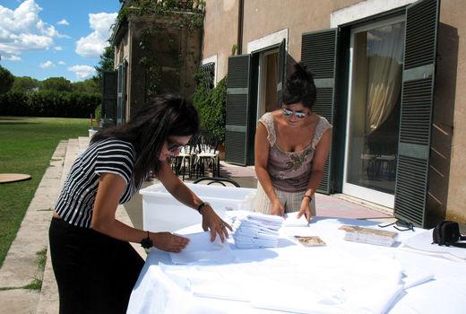 Priscilla e Sabina al lavoro