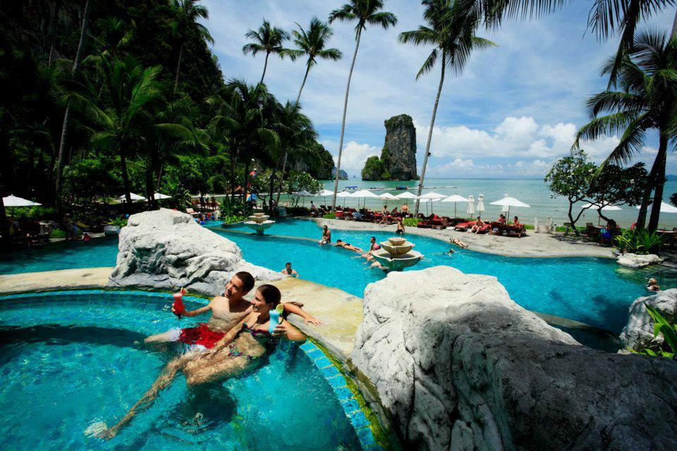 Flitterwochen in Thailand im Centara Grand Beach Resort & Villas Krabi, Foto: Centara Hotels and Resorts.