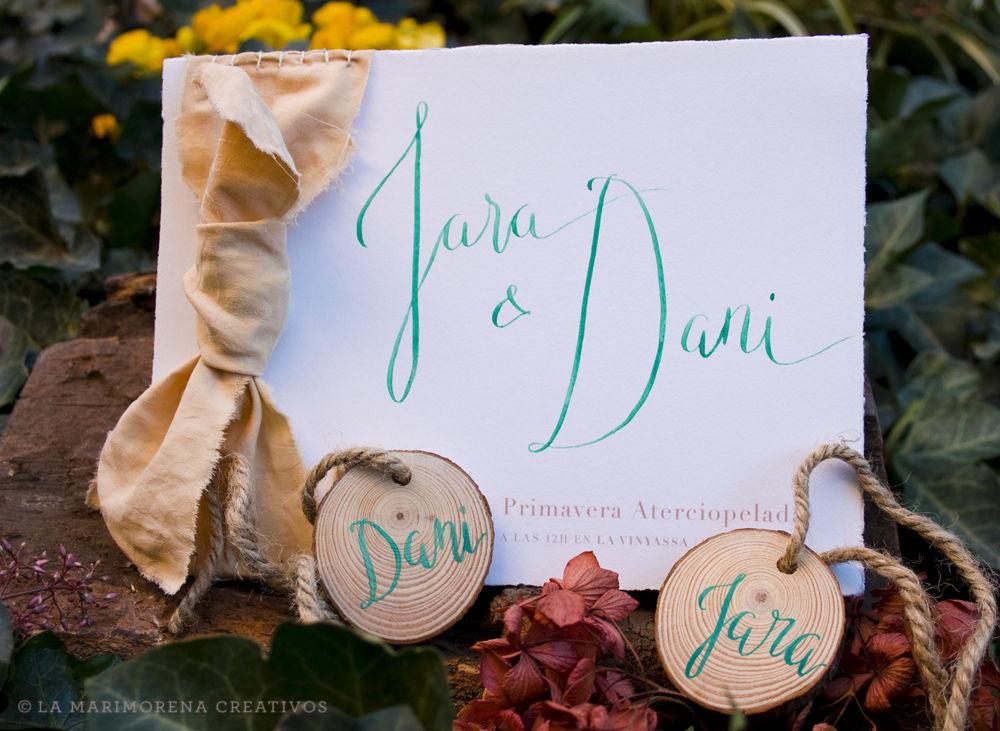 Invitación de Boda con caligrafía y detalles personalizados
