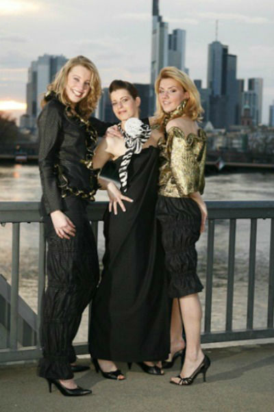 Beispiel: Abendmode, Foto: Couture Studio.