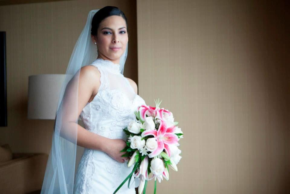 Novia Pamela Reyes Calderon.