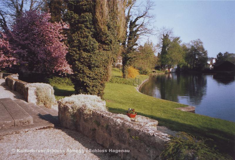 Beispiel: Umgebung, Foto: Schloss Hagenau.