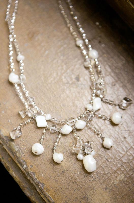 Beispiel: Accessoires für die Braut mit Stil, Foto: Fabula Brautmode.