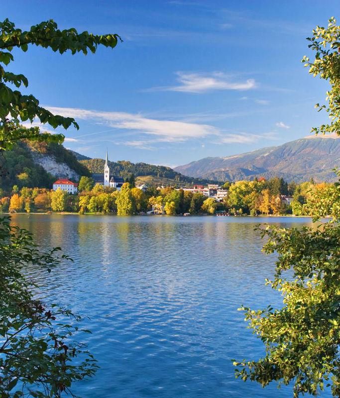 Beispiel: See in den Bergen, Foto: FTI Touristik.