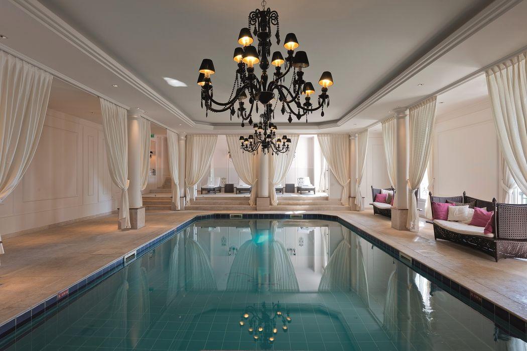 Diamonds Royal Events - Piscine intérieur - Tiara Château Hôtel Mont Royal