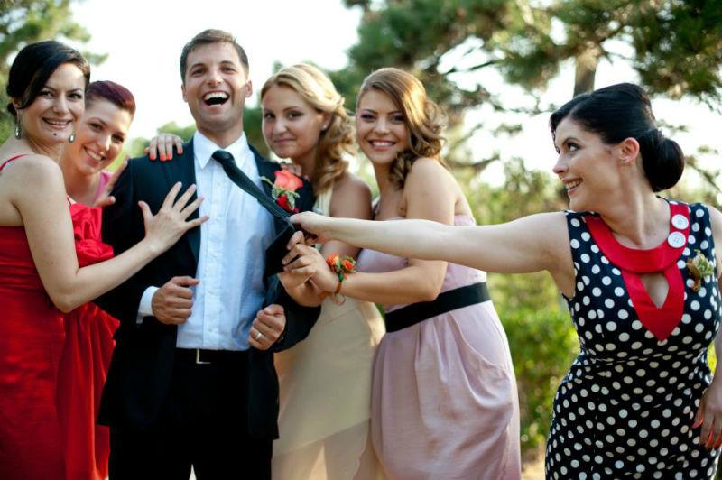 Beispiel: Lustige Fotos von Ihrer Hochzeit, Foto: Alex Jidovu.