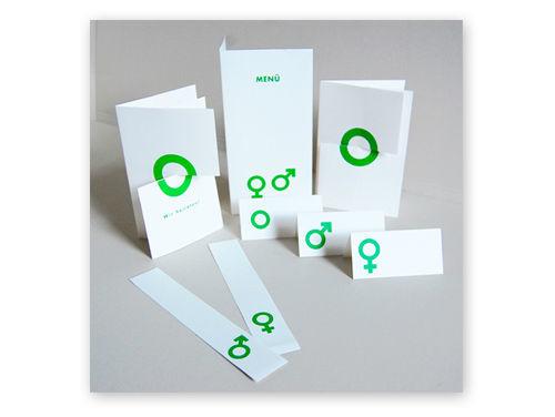 Kartenset mit Einladungen, Menükarten, Tischkarten und Deko von Michael Marschall