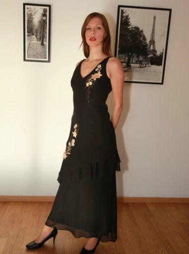 Beispiel: Mode für Hochzeitsgäste, Foto: Traut euch Brautsalon Festmode.