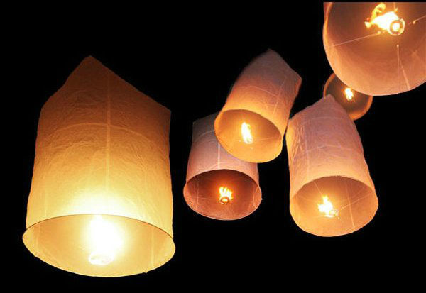 Luces Mágicas, empresa de globos de cantoya, estrellas y más en el DF