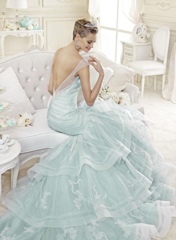 un'anticipazione di un prossimo arrivo per le spose del 2015