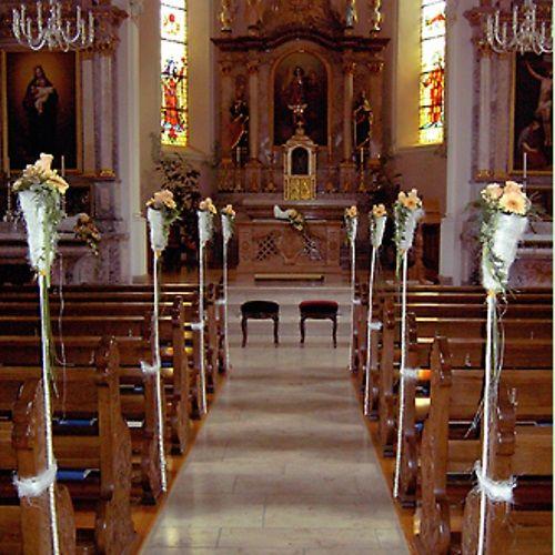 Beispiel: Kirchenschmuck, Foto: Bluemehüüsli.