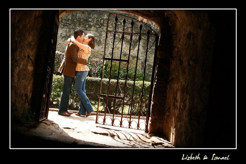 Fotografía especializada de bodas y eventos sociales - Foto Raúl Montufar