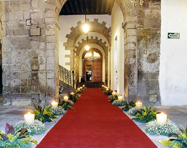 Pasillos alfombrados Foto: Ex Convento de San Hipólito