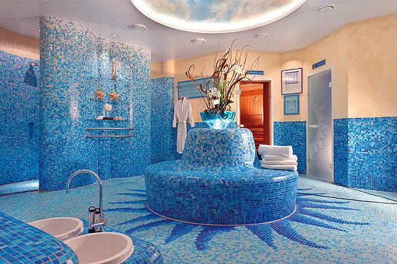 Beispiel: Saunabereich, Foto: Travel Charme Strandhotel Zinnowitz.