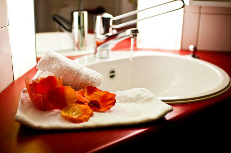 Beispiel: Badezimmer, Foto: Hotel Twannberg.