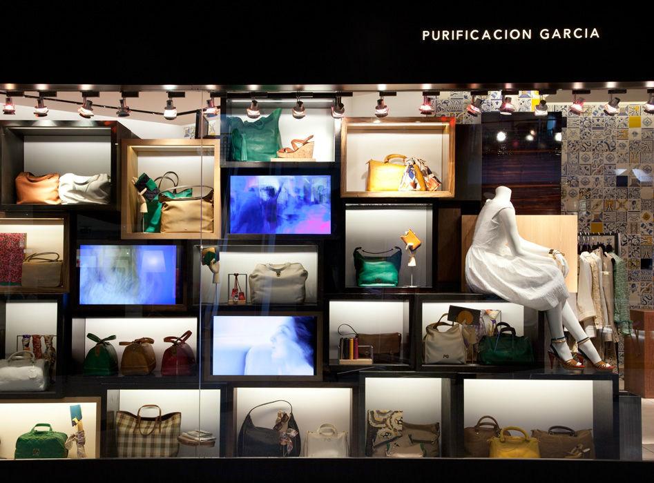Purificación García de D.F. y Cancún es una boutique que tiene todo en atuendos para los invitados de tu boda.