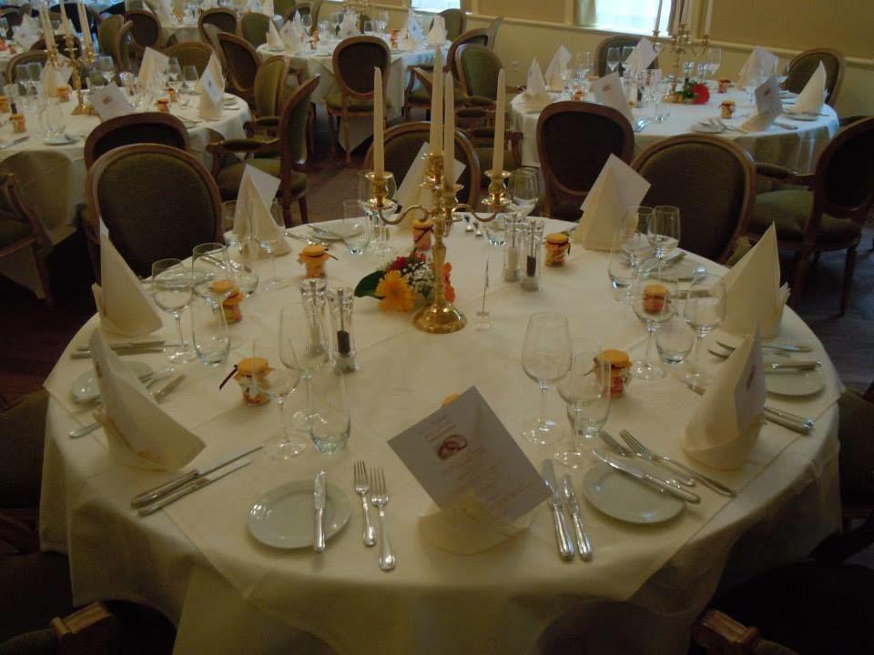 Beispiel: Tischdekoration, Foto: Hotel Le Prese.