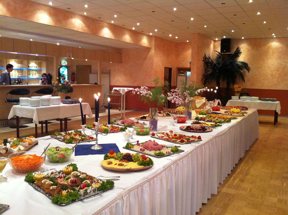 Beispiel: Buffet, Foto: Panoramic.