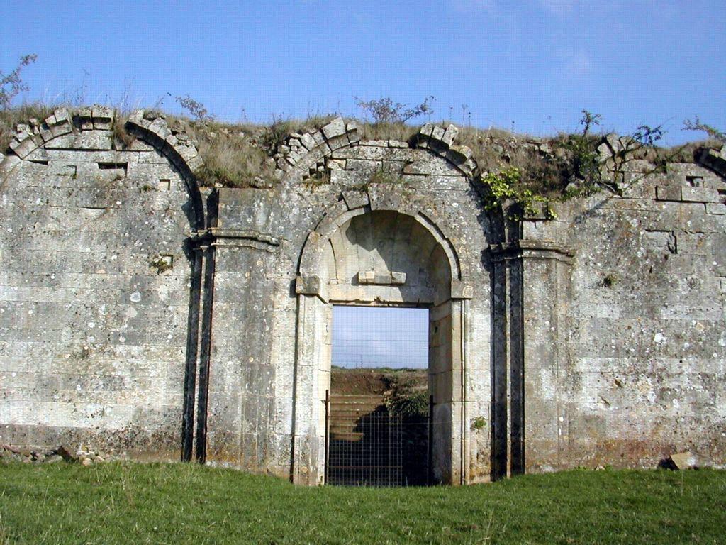 Le Cloître - Abbaye Cistercienne de Villiers-Canivet