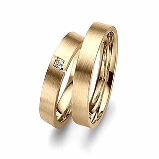 Verse Joaillerie | Alianças de Casamento, Anéis de Noivado Alianças de Casamento de Ouro Amarelo. Alianças com acabamento fosco acetinado e estrutura reta.