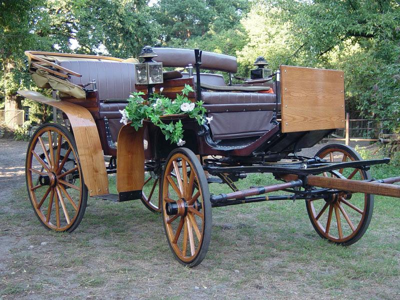 Beispiel: Der Jagdwagen, Foto: Berliner Hochzeitskutschen.