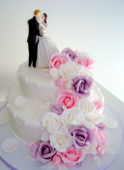 Beispiel: Hochzeitstorte, Foto: Annabella Bognar.