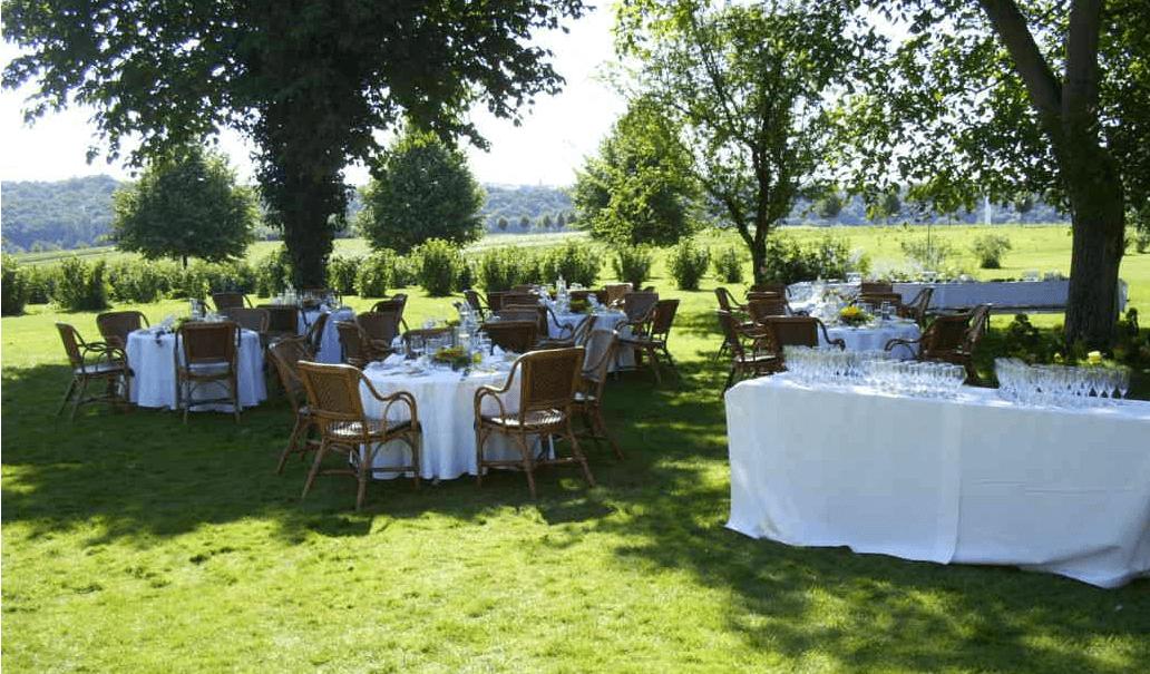 Beispiel: Feiern im Grünen, Foto: Der Sonnenhof.