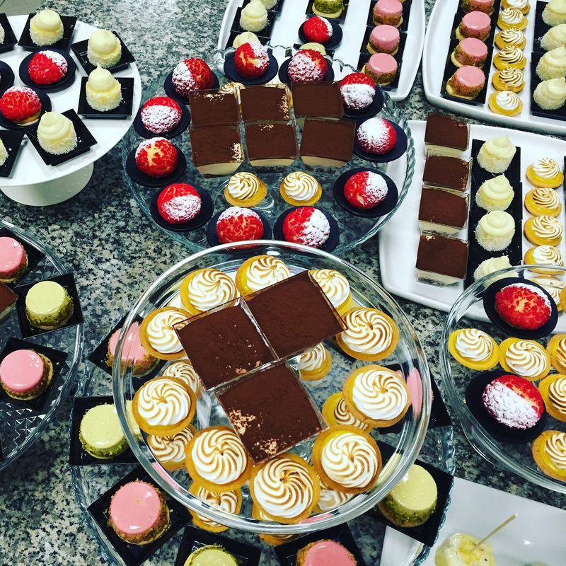 dessert table - buffet di dolci