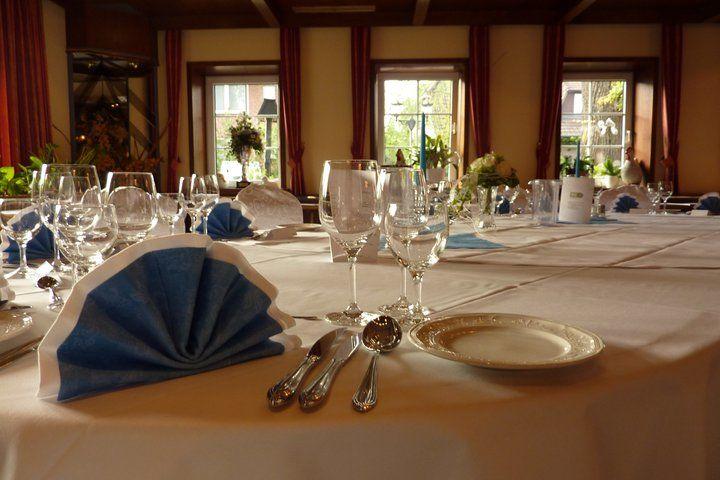 Beispiel: Tischdekoration, Foto: AKZENT Hotel Zur Grünen Eiche.