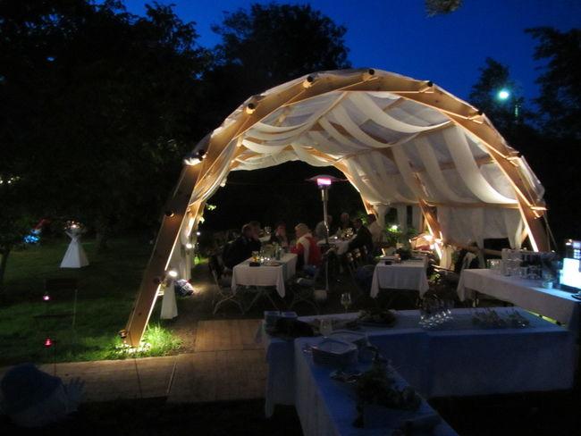 Beispiel: Garten mit Beleuchtung, Foto: Schmiedelandhaus.