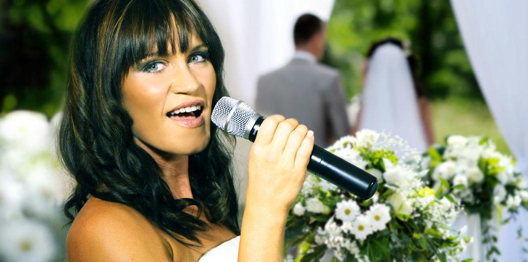 Hochzeitssängerin Thea