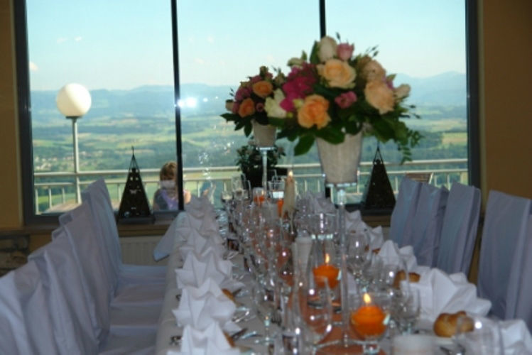 Beispiel: Hochzeitstafel, Foto: Hotel Schachner.