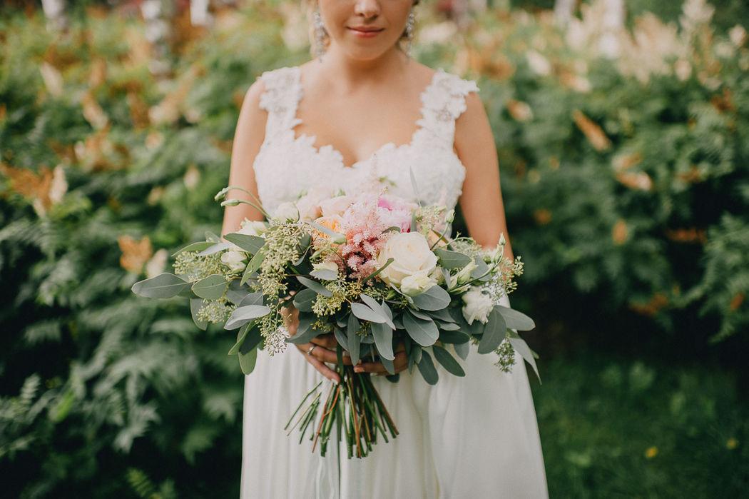 Букет невесты Вики.