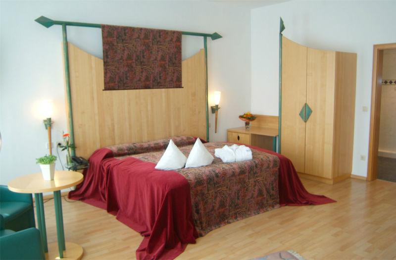 Beispiel: Burgzimmer, Foto: AKZENT Hotel Tietmeyer.