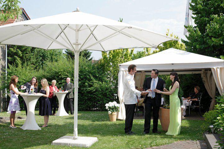 Beispiel: Fest im Garten: Foto: Germanenhof.