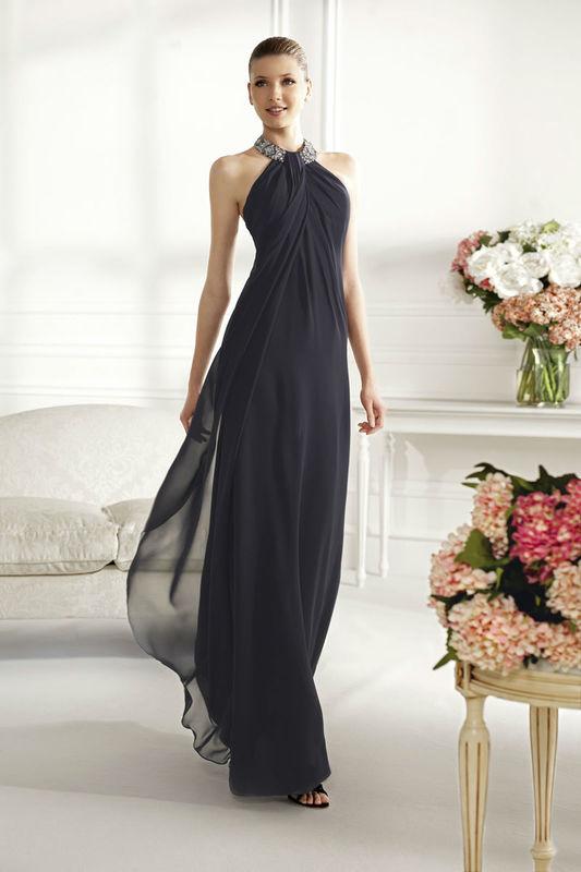 Beispiel: Wunderschöne Kleider, Foto: Brautparadies Thun Festmode.
