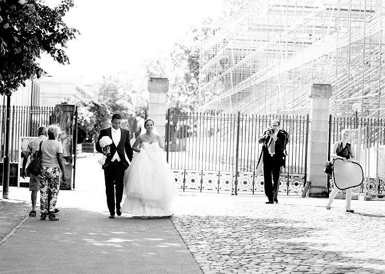 Beispiel: Ihre persönliche Hochzeitareportage, Foto: Avantgarde Wedding Photographers.