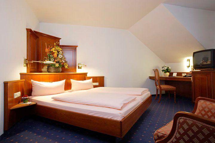 Beispiel: Zimmer, Foto: AKZENT Hotel Alte Linde Wieling.