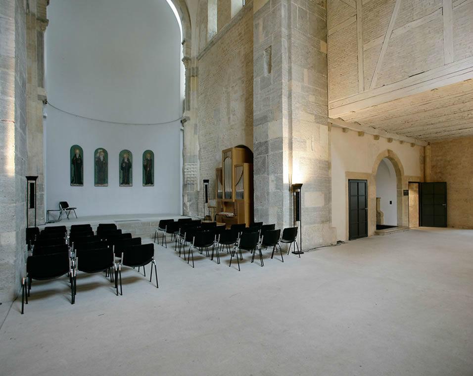 Beispiel: Kirche, Foto: Schloss Münchenwiler.