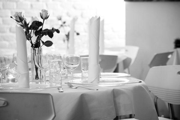 Beispiel: Tischdekoration, Foto: KunstTurm Weimar.