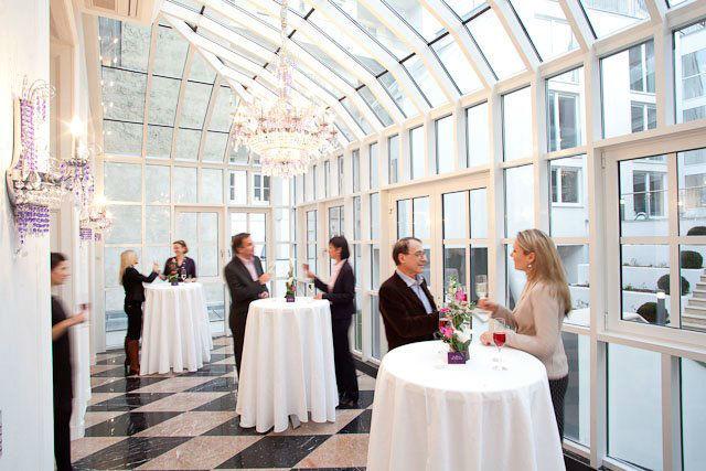 Beispiel: Aperitif im Wintergarten, Foto: Palais Sanssouci.