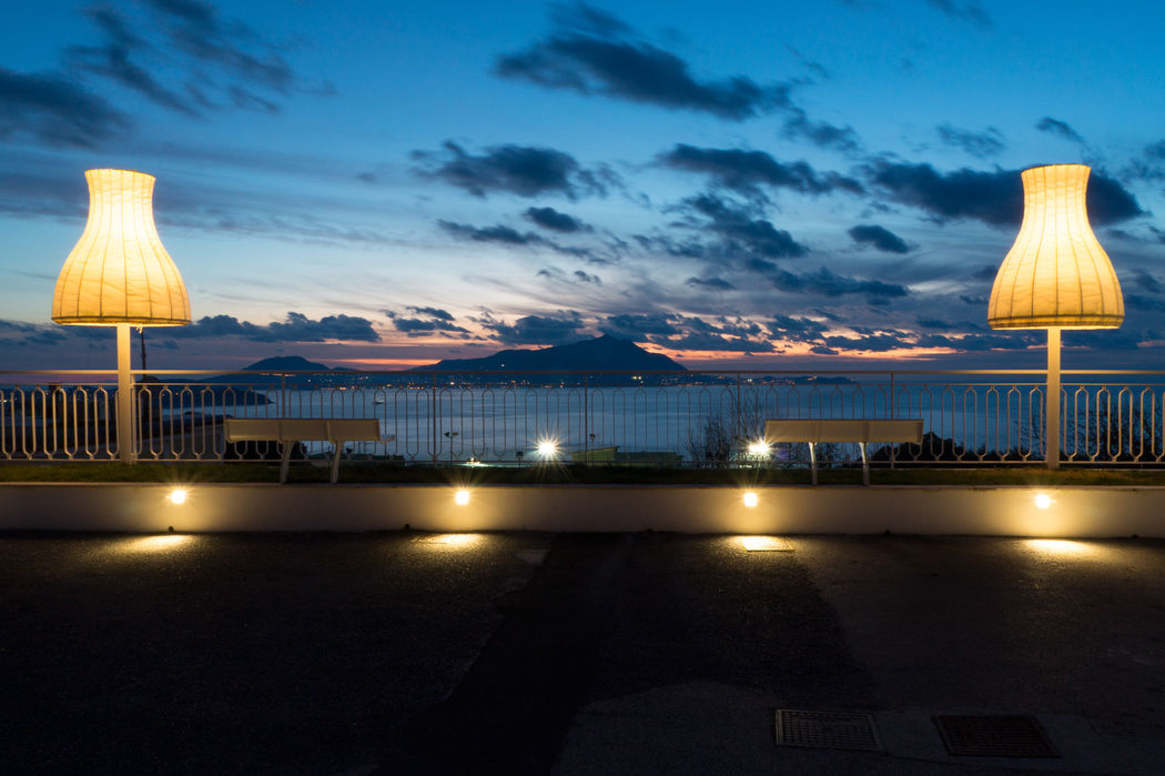 Al Chiar di Luna Imbrunire tramonti: scenari unici