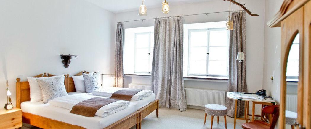 Beispiel: Doppelzimmer, Foto: Schloss Blumenthal.