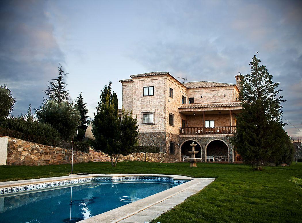 Alojamiento rural en Toledo. Casa rural para grupos en Toledo. Espacio singular para reuniones de empresa e incentivos.  Alojamiento cerca de Madrid.