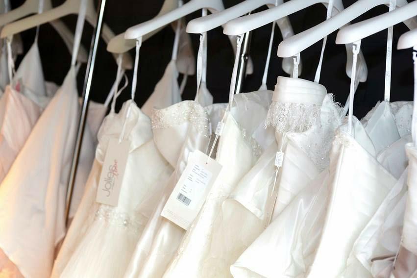 Beispiel: Impressionen - Brautkleider, Foto: The Wedding Loft.
