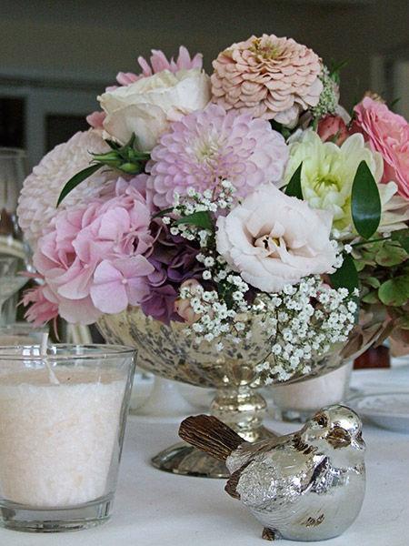 Beispiel: Hochzeits-Bouquet in Sommer-Farben, Foto: Evelyn Kühr.